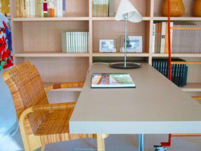 賢い子の家の本棚はこうして作る。本への好奇心をアップさせる配置、陳列とは。
